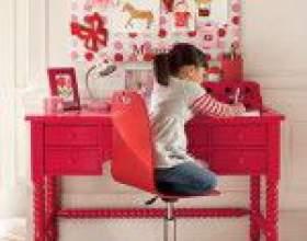 10 Самых удобных письменных столов для школьника 1-5 класс фото