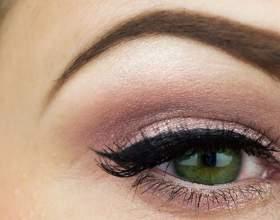 3 Лучших способа сделать макияж бровей: расчесочка пригодится фото