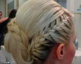 Греческая прическа с косами для особого случая фото