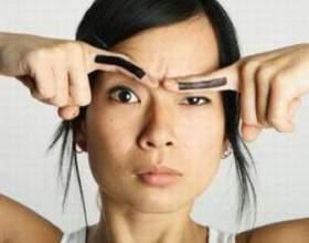 Как правильно выщипывать брови фото