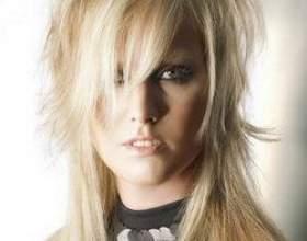 «Рваная» стрижка на длинных волосах фото