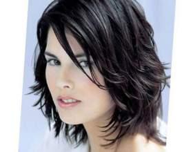 Стрижки для вьющихся волос средней длины фото